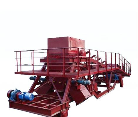 重型卸料车